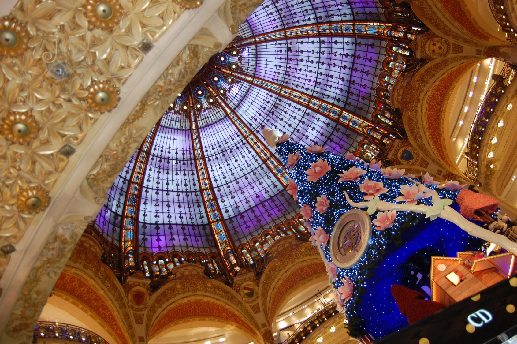 PARIS GRANDS MAGASINS