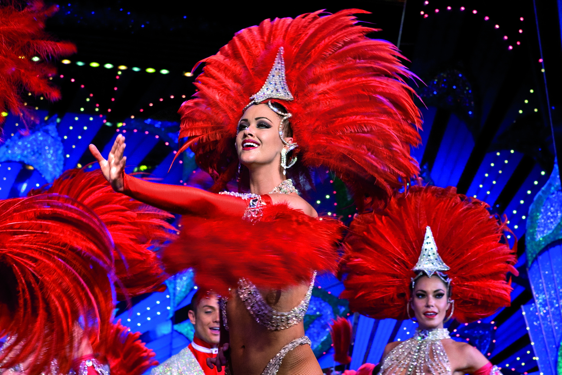 DEJEUNER – SPECTACLE AU MOULIN ROUGE